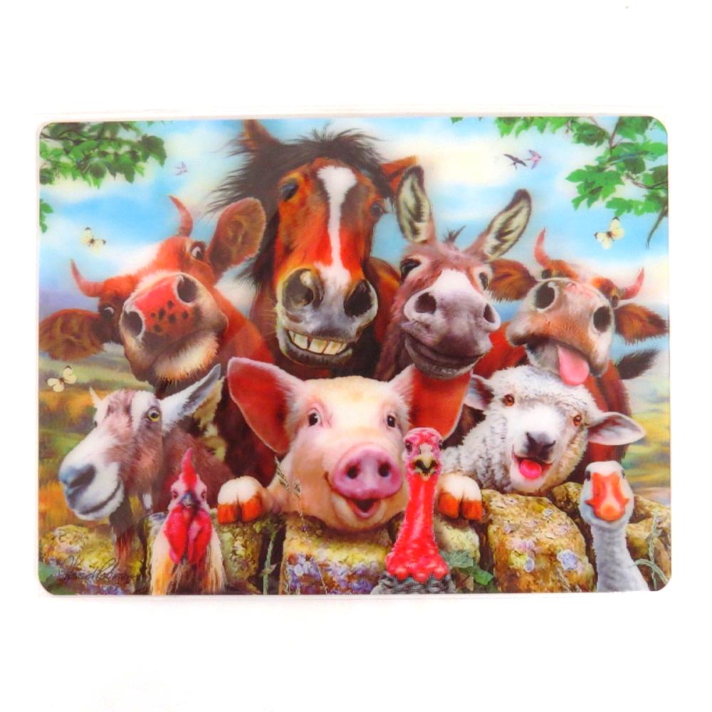 Howard Robinson Super 3D Moving Postcard, Farm Selfie